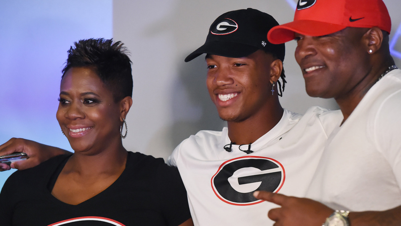 A trust in a running back coach sealed Kendall Milton's commitment to Georgia