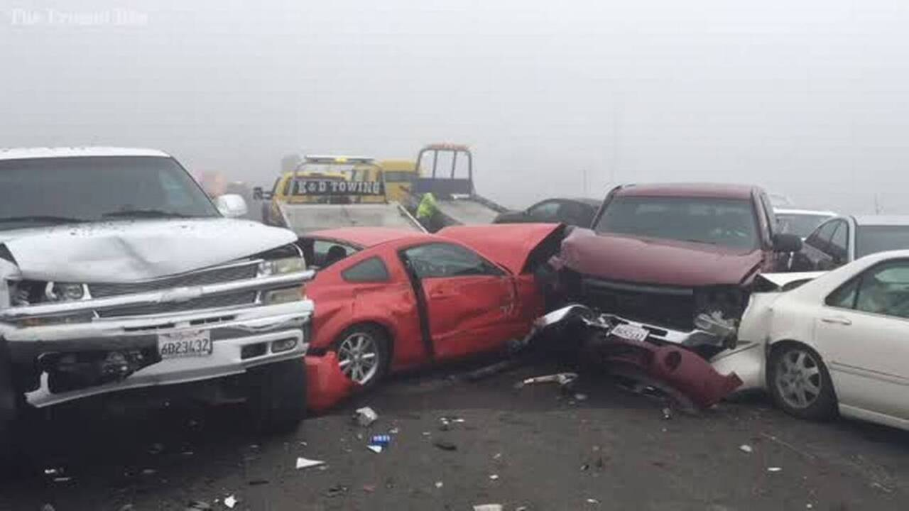 50 vehicles crash in heavy fog on Highway 198 in Hanford