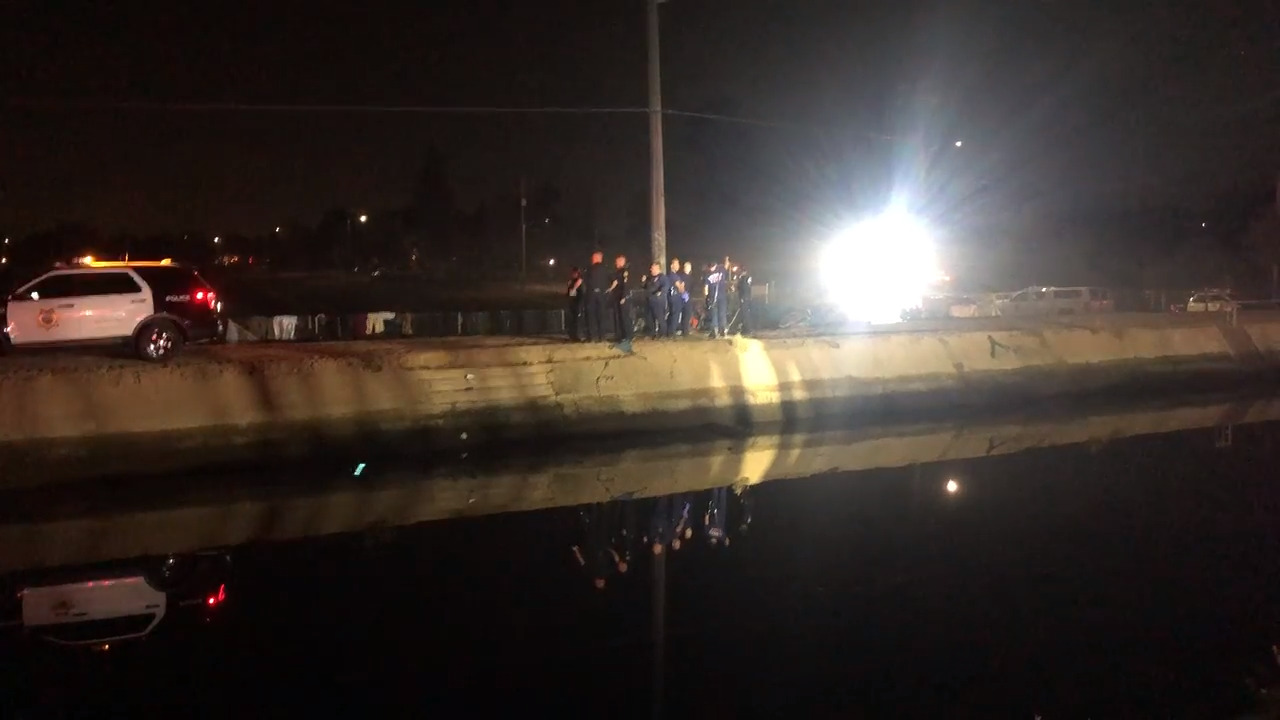 Badly decomposed body found in central Fresno canal
