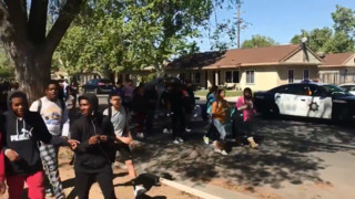 About 100 Edison High students walk out to protest gun violence