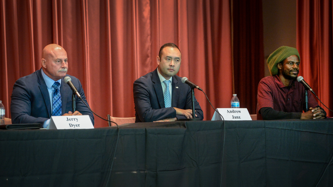 Sanctuary cities, ethnic diversity take center stage at first Fresno mayoral debate