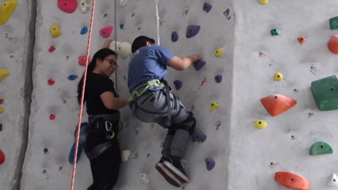 This Fresno boy can't use his legs. Thanks to a Valley Children's program, he's climbing walls