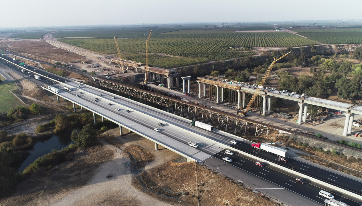 Questions of unethical dealing hit high-speed rail. But don't stop construction in Fresno