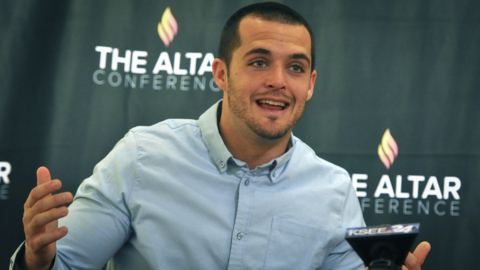 Derek Carr in Fresno: Christian conference in city started with a 'dream in my heart'