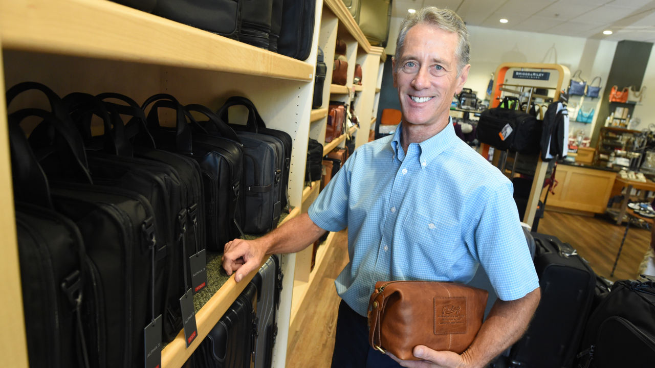 After 47 years in Fig Garden Village, this locally owned store is saying goodbye