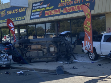 Crash kills one and injures another after a rollover in Fresno