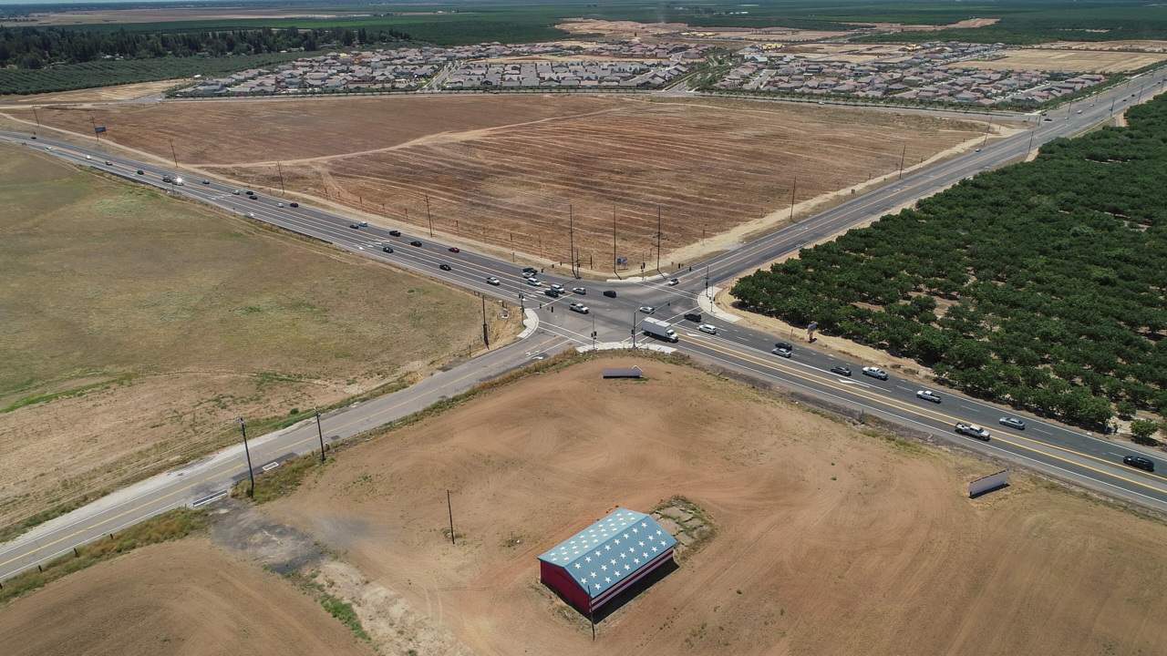 A new California city of 120,000 is rising 5 miles from Fresno. Would you live there?