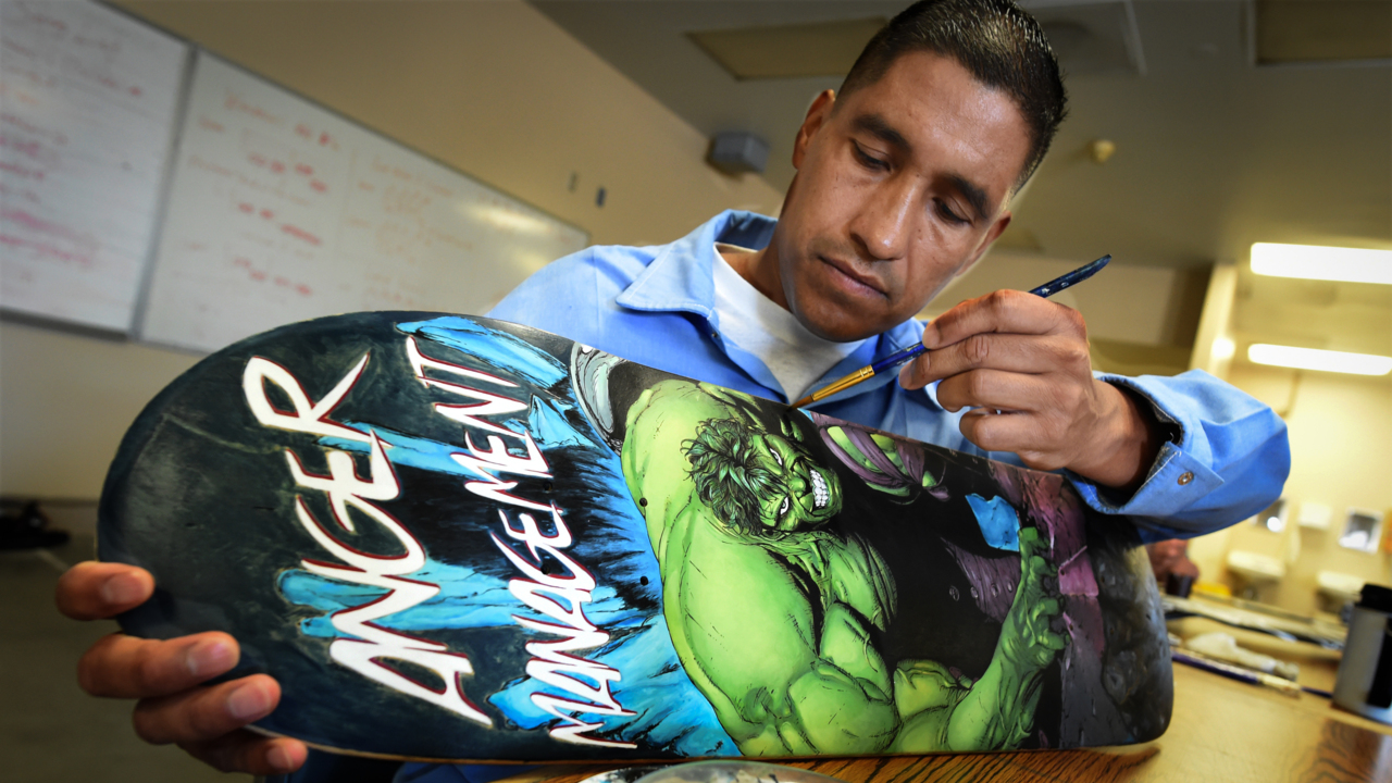 Unusual skateboard project helps both inmates and kids