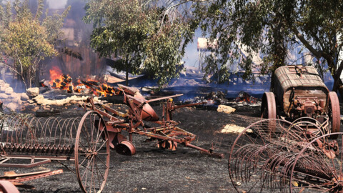 Fresno vegetation fire west of Highway 99 destroys tractors and farm equipment
