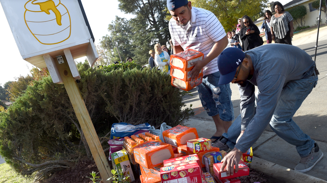 'She had the biggest heart.' Fresno's first Little Free Pantry dedicated to homicide victim