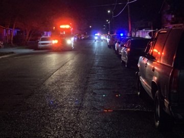 Man shot and killed at an apartment in Fresno
