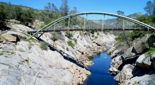 Take flight over the San Joaquin River gorge in this drone video