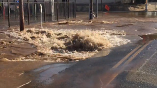 Water gushes from broken main near Chukchansi Park; Grizzlies game canceled
