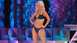 Final swimsuit contest in Miss California competition