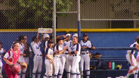 Bullard advances to the Central Section Division I softball championship