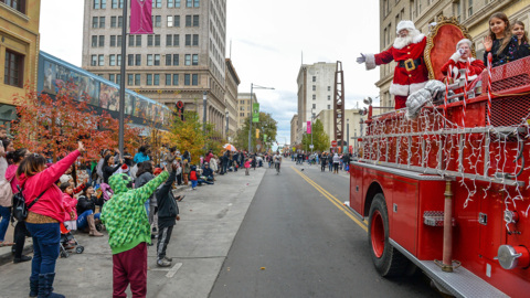 From brand new events to long-held traditions, Fresno holiday events go on during pandemic