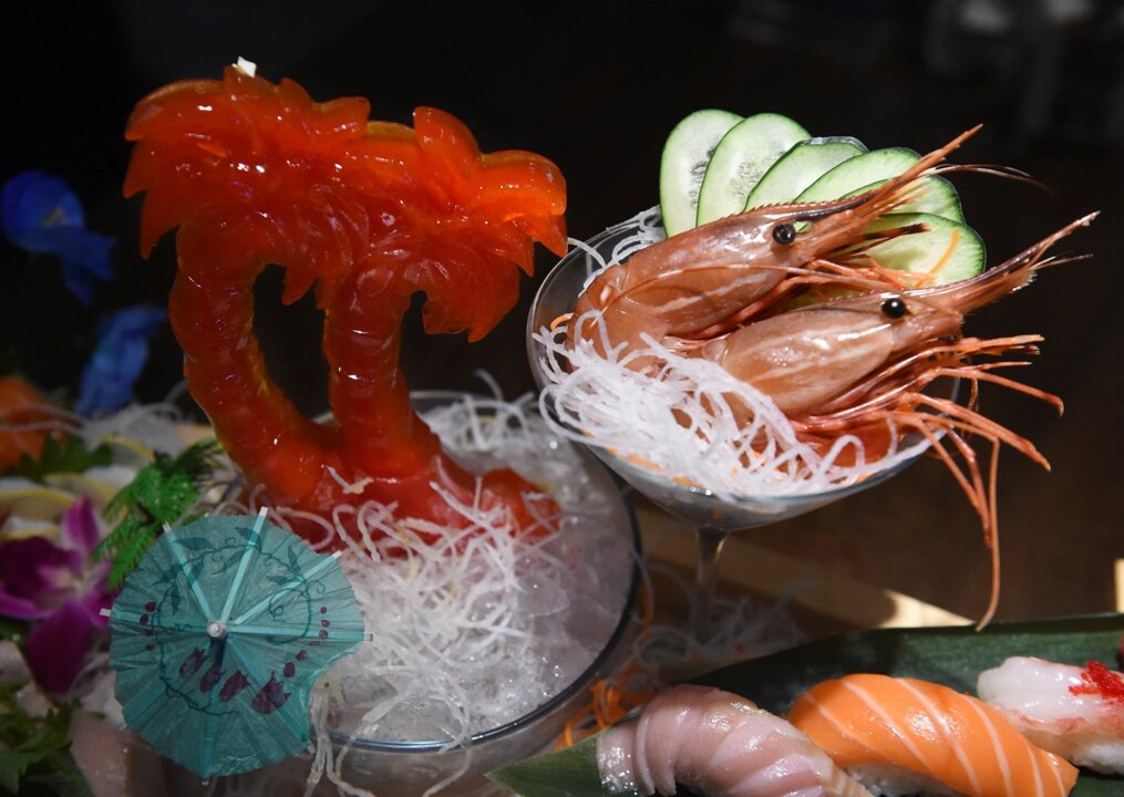 Dinner is a show at this new Fresno restaurant: There's fire, dry ice and high-tech sushi