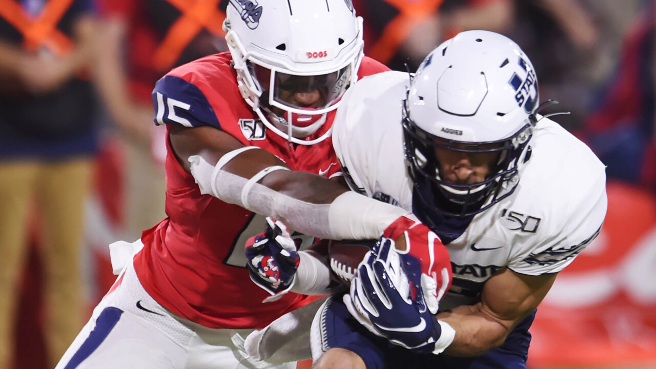 Bulldogs unable to slow down Utah State until it's too late, lose 37-35 on last-second field goal