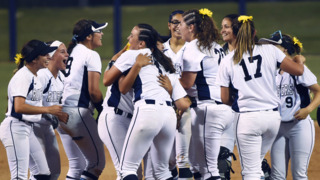 Redwood edges out Edison for D-II softball championship