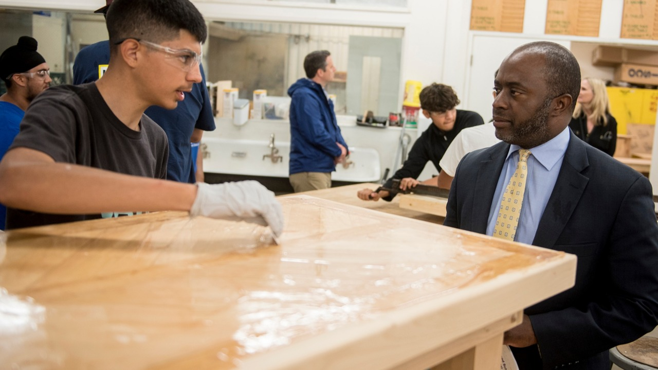 State Superintendent of Schools tours MUHSD Career Technical Education classes