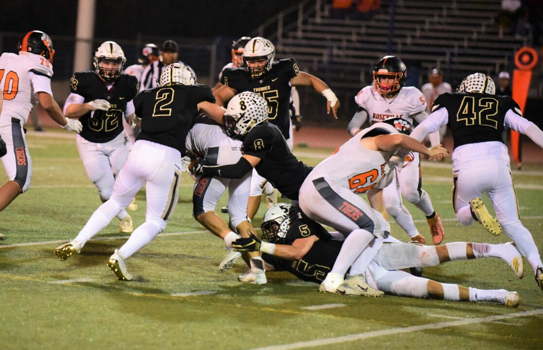 'It's a special group.' Buhach Colony defeats Roseville to advance to semifinals.