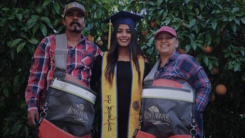 UC Merced student honors migrant parents in viral photo