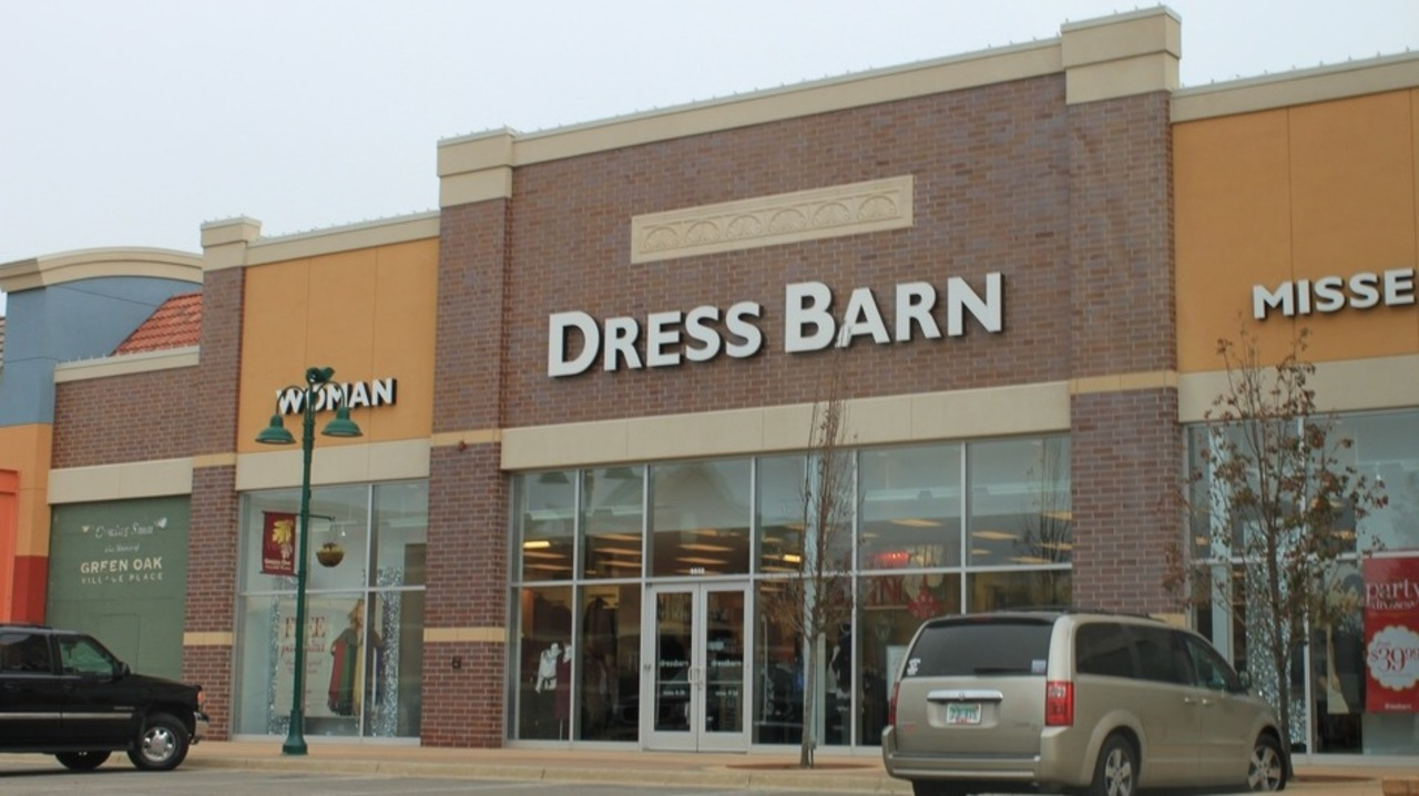 Dressbarn will close all of its stores — including one in Pismo Beach
