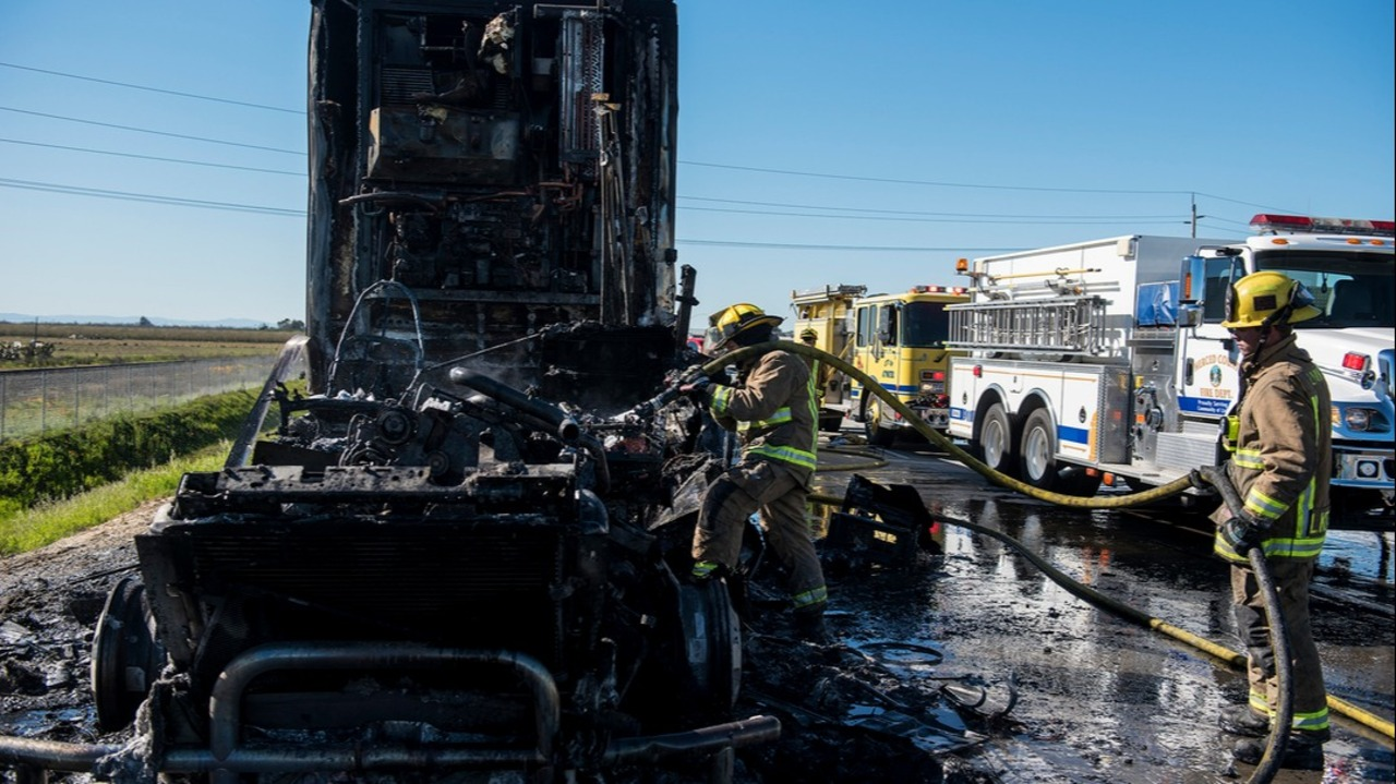Crews respond to big rig fire on Highway 99 in Merced County