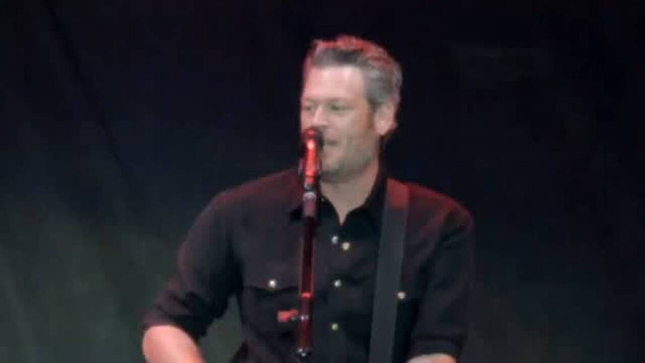 Blake Shelton is returning to Fresno. He's bringing along his friends and heroes