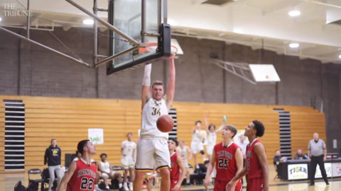 Watch highlights from SLO's 60-44 playoff win over Hanford