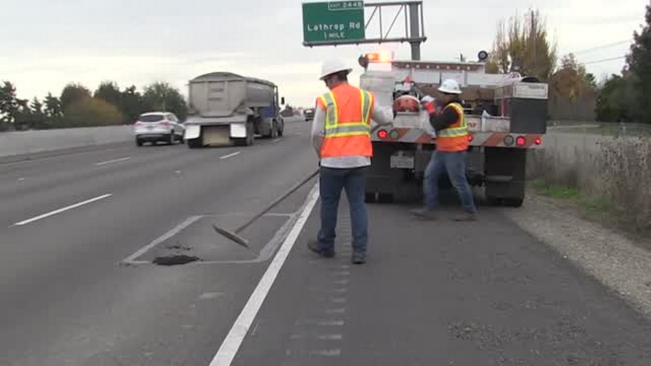 Caltrans manager commuted from San Diego to Sacramento for 2 years. Taxpayers paid the bill