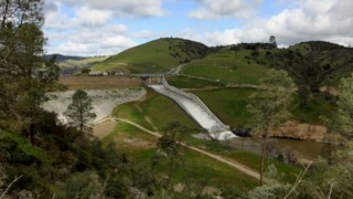 How Lake Nacimiento water reaches the Salinas Valley to irrigate