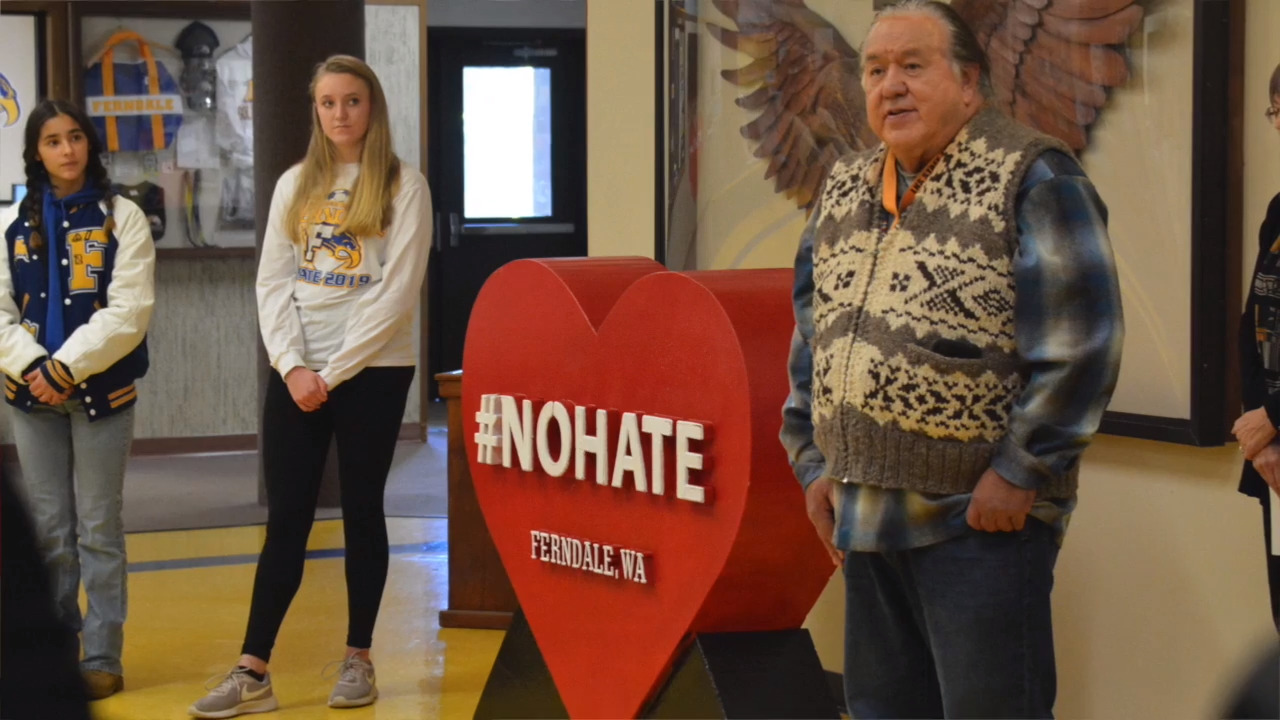White supremacist group targets Ferndale after #NoHate sculpture is installed