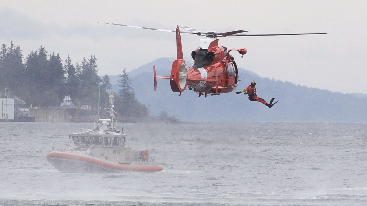 Coast Guard searching for missing man near Lummi Island