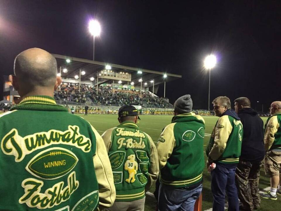 Hundreds of former Tumwater High School football players