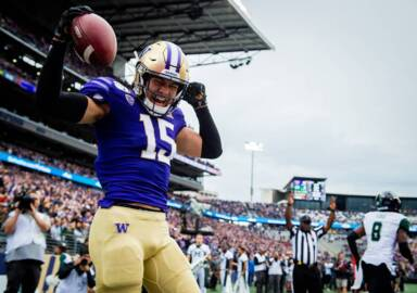 As Huskies' passing game struggles, will young wide receivers see more playing time?
