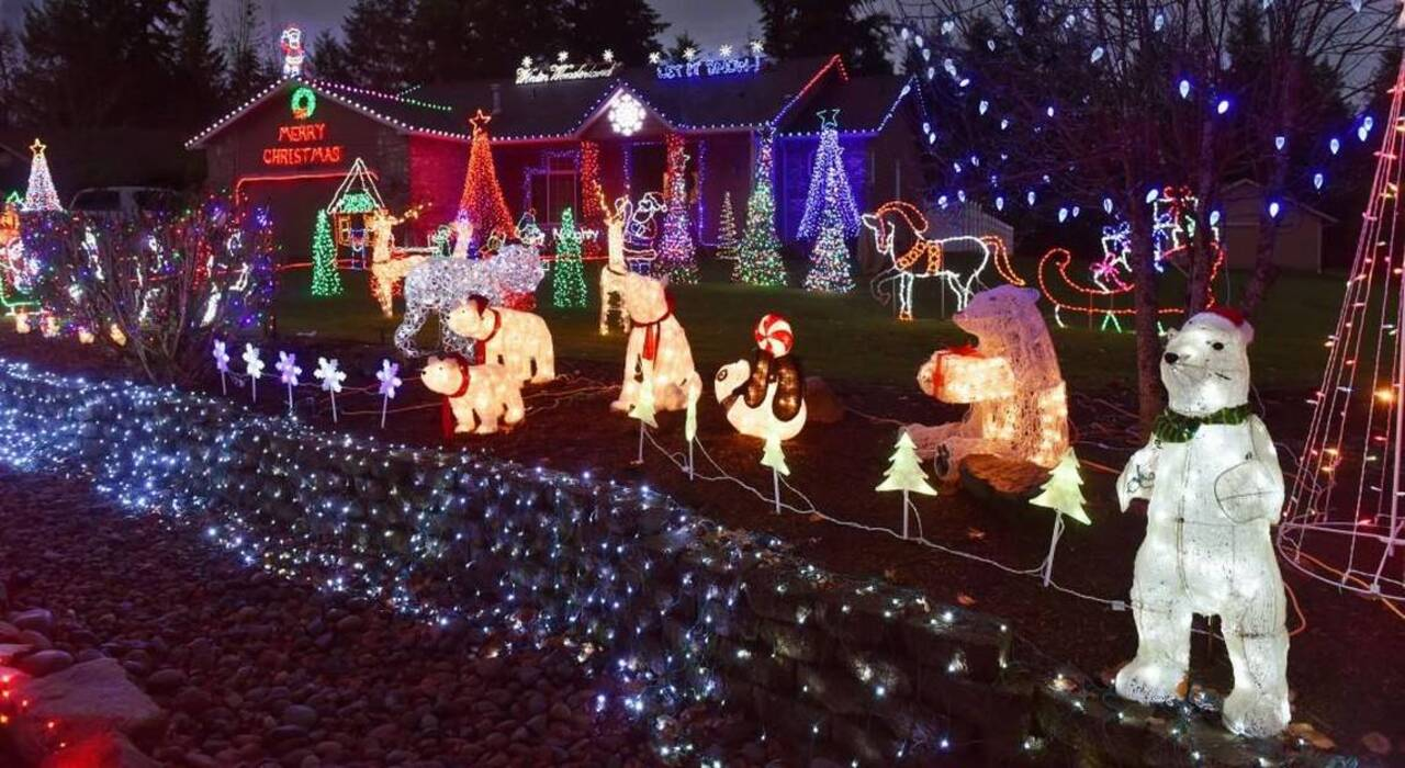 Two South Sound Homes Light Up Impressive Holiday Lights Displays In Dancingledchristmaslightcircuit Olympia And Tacoma The Olympian