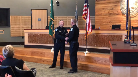 Longtime downtown Olympia police officer Beckwell gets retirement sendoff