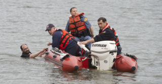 Capitol Lake swimmer rescued by Olympia Fire rescue boat