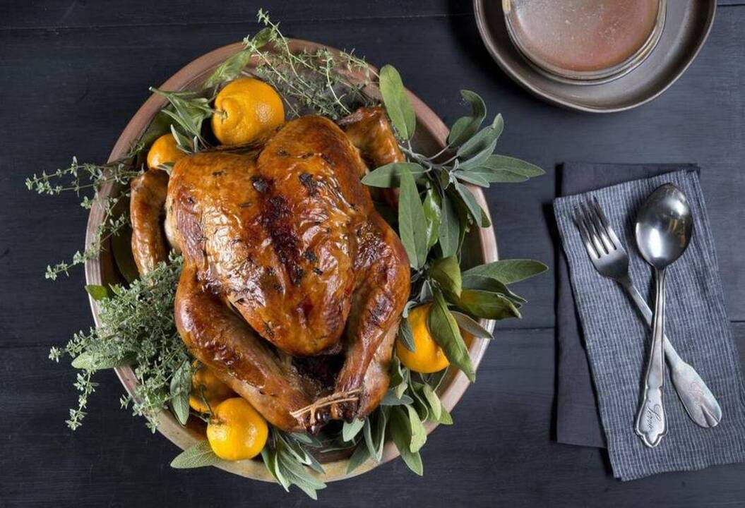 Thanksgiving 2019: Where to eat out in Fresno, how to get take-home holiday meals, pies