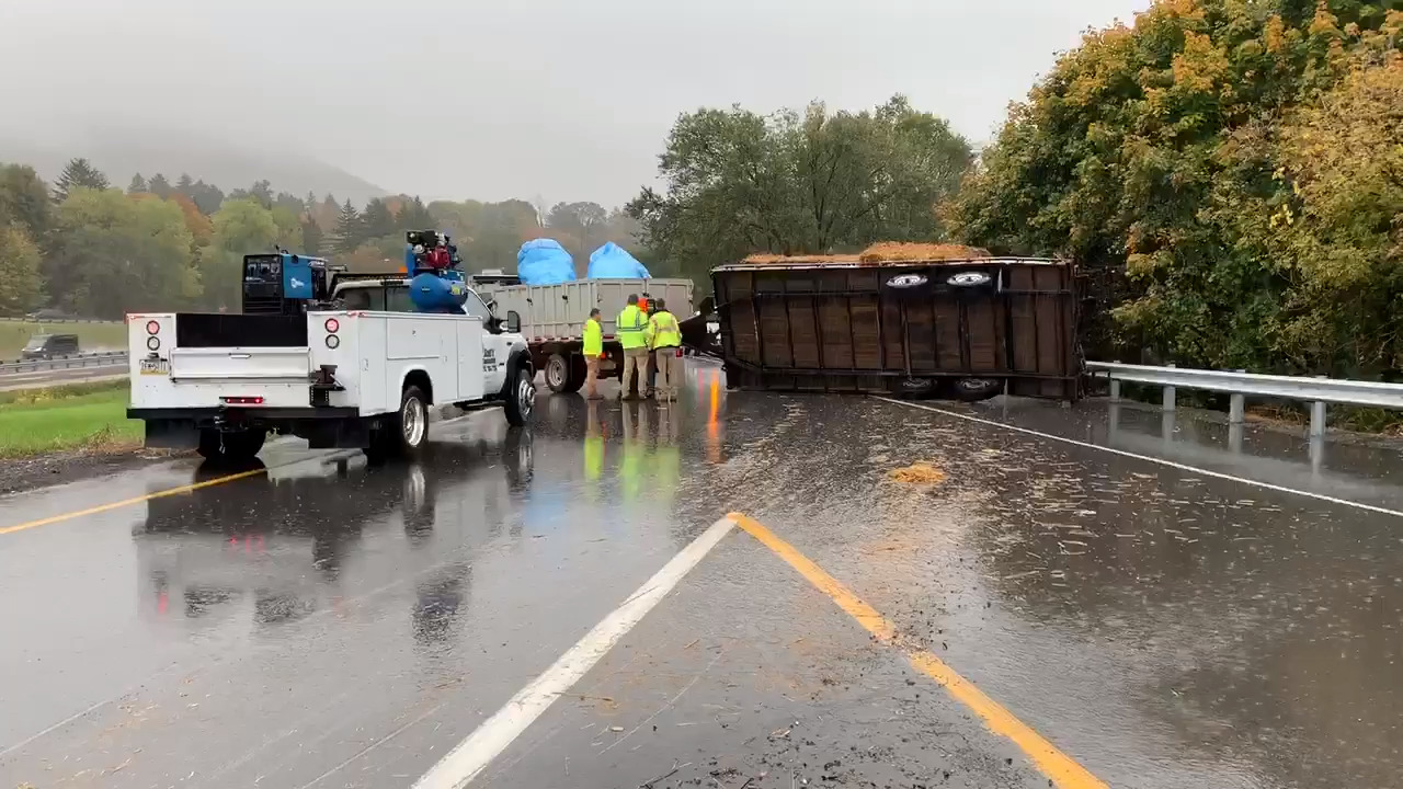 Overturned trailer caused ramp closure on U.S. Route 322 east in State College