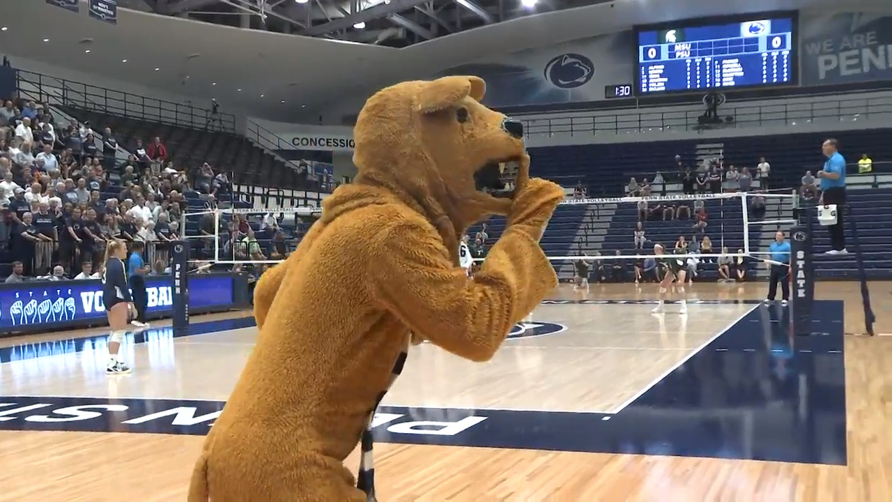 Penn State women's volleyball's 'silent set' raises support, awareness for the hearing impaired