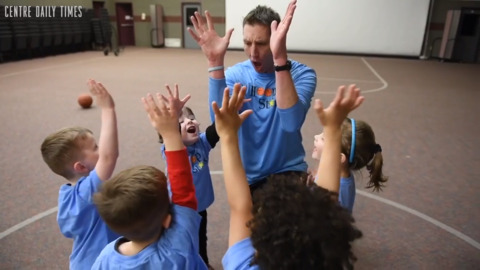 Former Nittany Lion starts new program to share love of basketball with kids