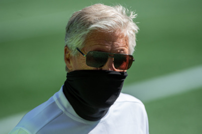 Pete Carroll announces a new rookie starter in Seahawks' defense, his thoughts on NFL's mask policy after getting fined over it