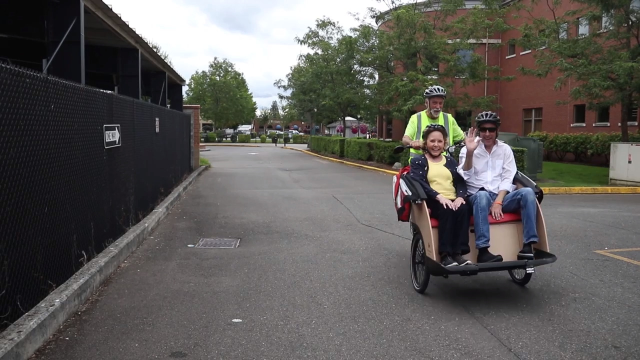 Puyallup spends $20K on pedal-cab bikes for seniors. Mayor predicts 'many smiles'