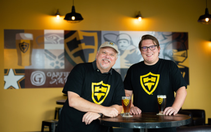 Home Turf Taproom in Parkland offers casual scene to drink beer and watch games