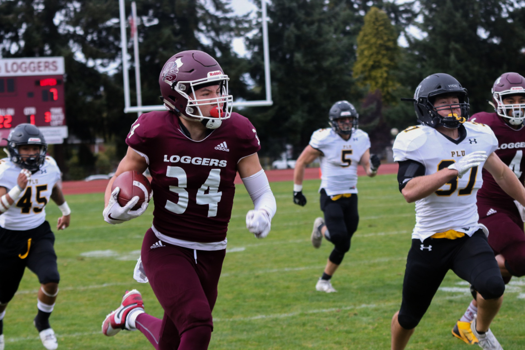 5 takeaways from Puget Sound's 45-23 win over rival Pacific Lutheran