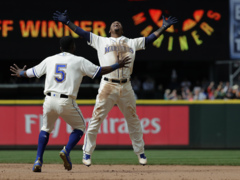 Mariners' Jean Segura discusses walk-off hit to beat Tigers in extra-innings