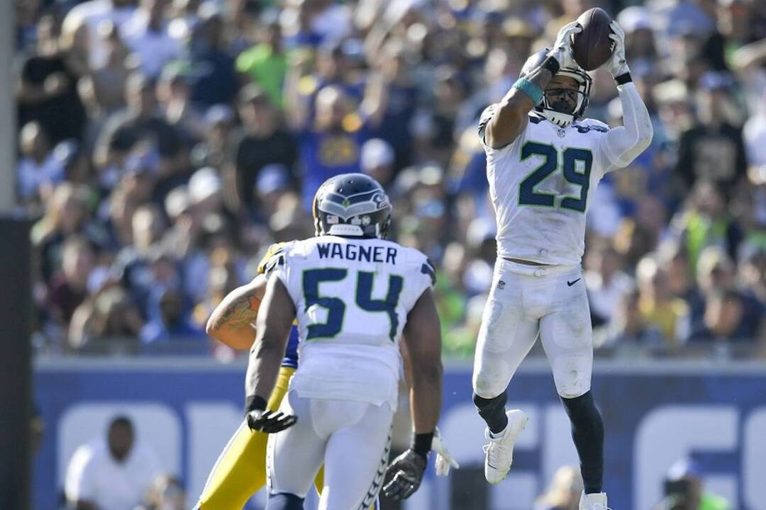 53247bebb Defense does it: Seahawks force 5 turnovers, reassert selves in NFC West  with 16-10 win at Rams | Tacoma News Tribune. Sign In Subscribe