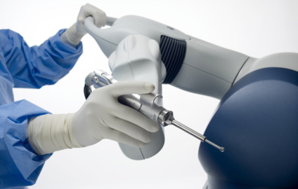 Robotic tool a 'game changer' for Lakewood surgeon